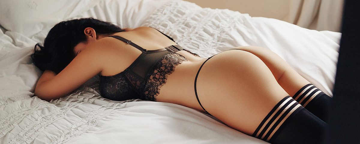 Find out Emily's Cole perfect escort date in London